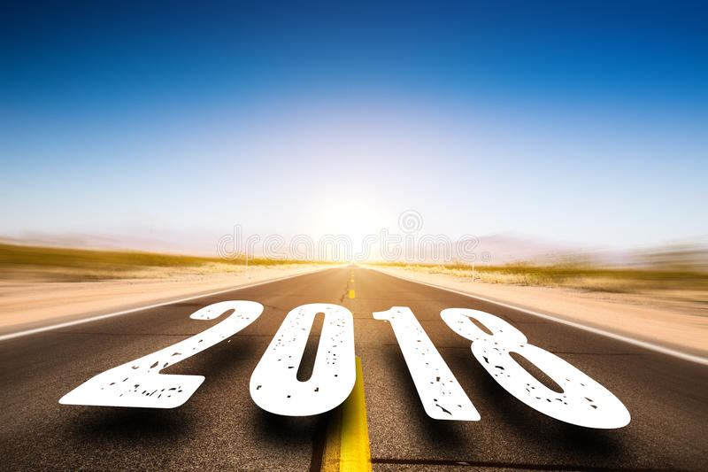 Strada che conduce a 2018 immagini stock