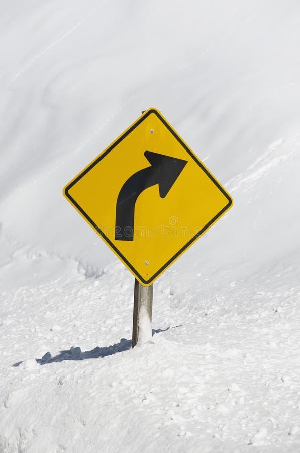 Strada curva di inverno immagine stock