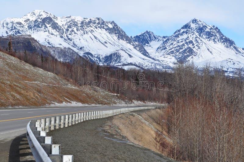 Strada d'Alasca della montagna fotografia stock libera da diritti