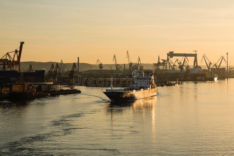 Strada del mare da porto di Gdynia fotografia stock libera da diritti