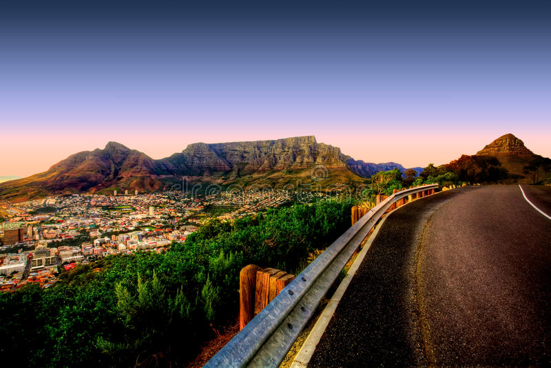 Strada della montagna della Tabella fotografie stock libere da diritti