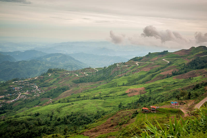 Strada della montagna in Tailandia fotografia stock libera da diritti