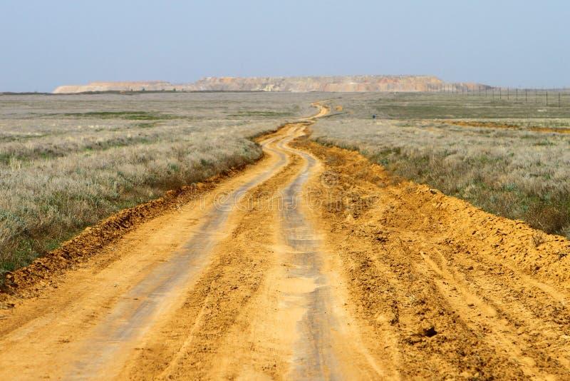 Strada della steppa della molla della sabbia fotografia stock