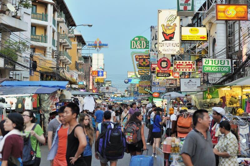 Strada di Khao San a Bangkok fotografie stock libere da diritti