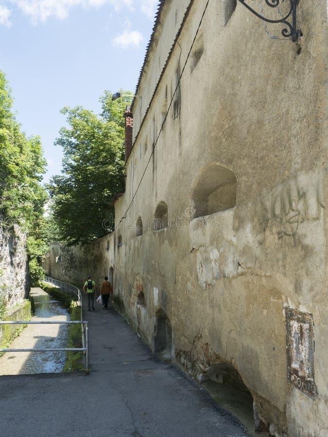 Strada dupa ziduri, Brasov royalty free stock photos