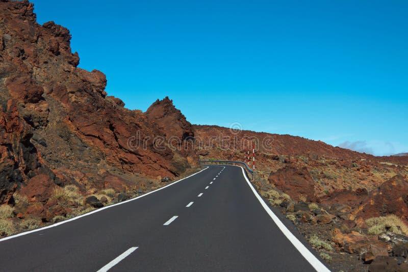 Strada nella lava congelata nel cratere fotografia stock
