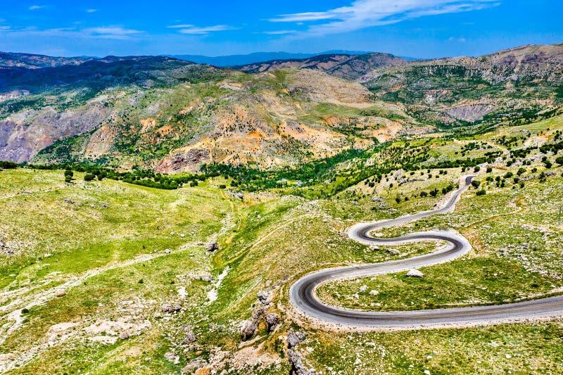Strada a Nemrut Dagi nelle montagne della Turchia fotografie stock