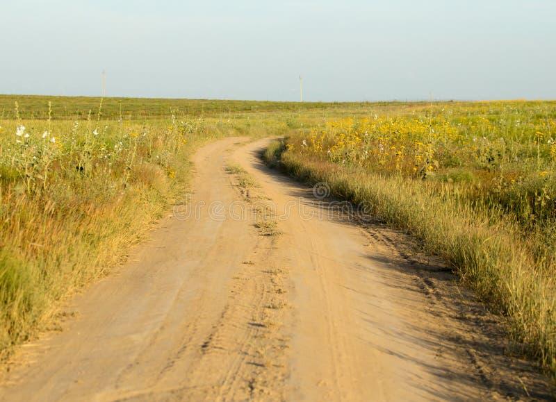 Strada non asfaltata fotografie stock libere da diritti