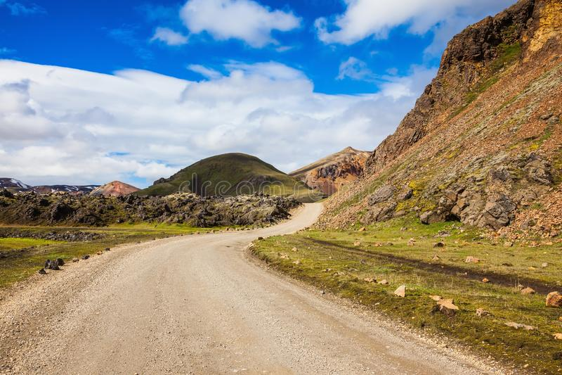 Strada non asfaltata in parco Lanmannalaugar fotografia stock libera da diritti