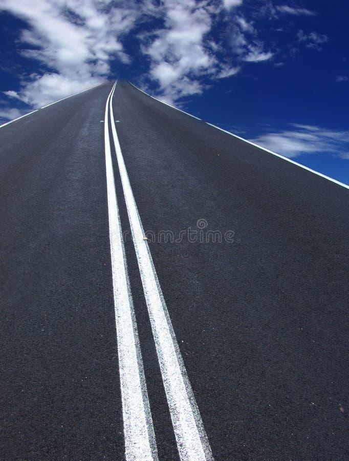 Strada principale a cielo fotografia stock