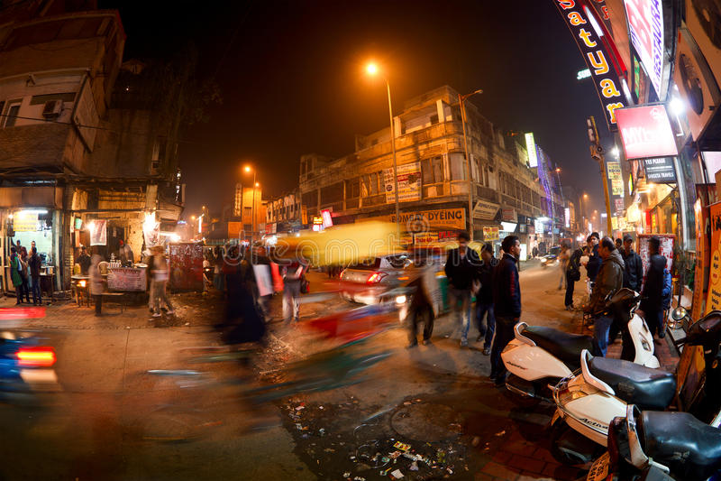 Strada principale del bazar di notte immagine stock libera da diritti