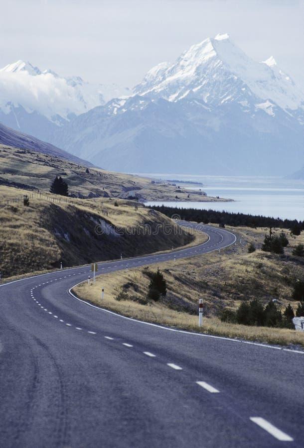 Strada principale della Nuova Zelanda fotografie stock libere da diritti
