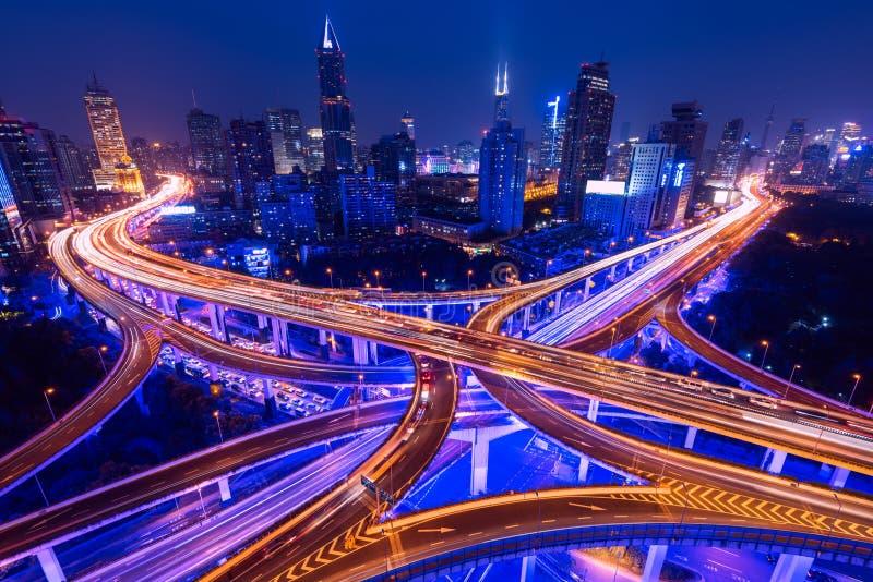 Strada principale elevata a Shanghai, Cina immagine stock libera da diritti