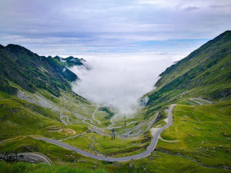 Strada Romania di Transfagarasan fotografia stock