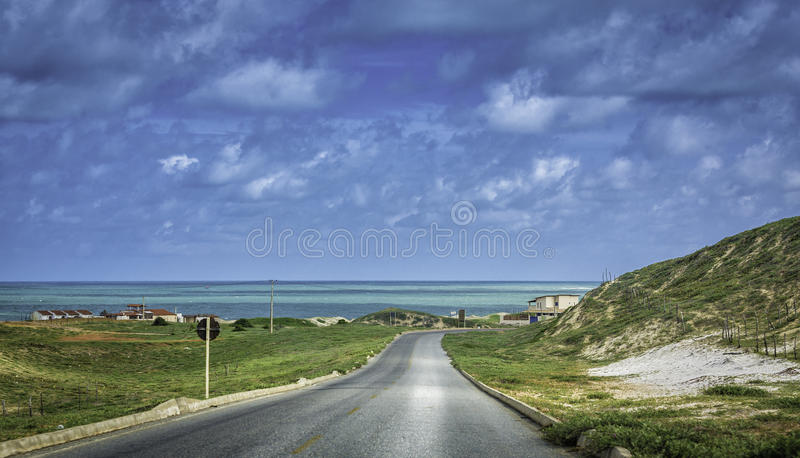 Strada tropicale vicino a natale, Brasile della spiaggia fotografia stock libera da diritti