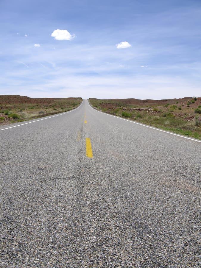 Strada vuota ad in nessun posto fotografia stock libera da diritti
