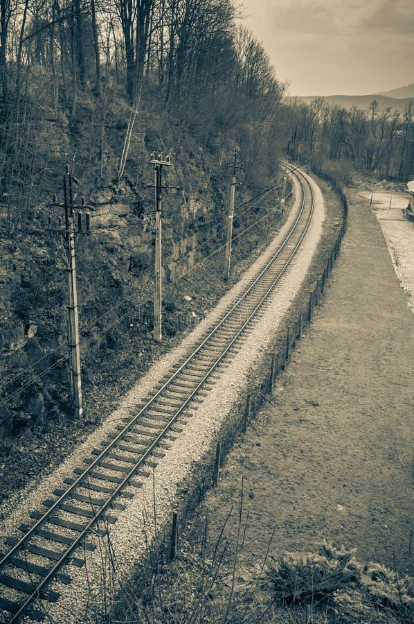 Strade ferrate con trazione elettrica per i treni immagini stock