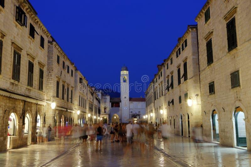 Stradun de Dubrovnik o calle principal del placa, región del sur de Dalmacia, Croacia, hdr imagen de archivo