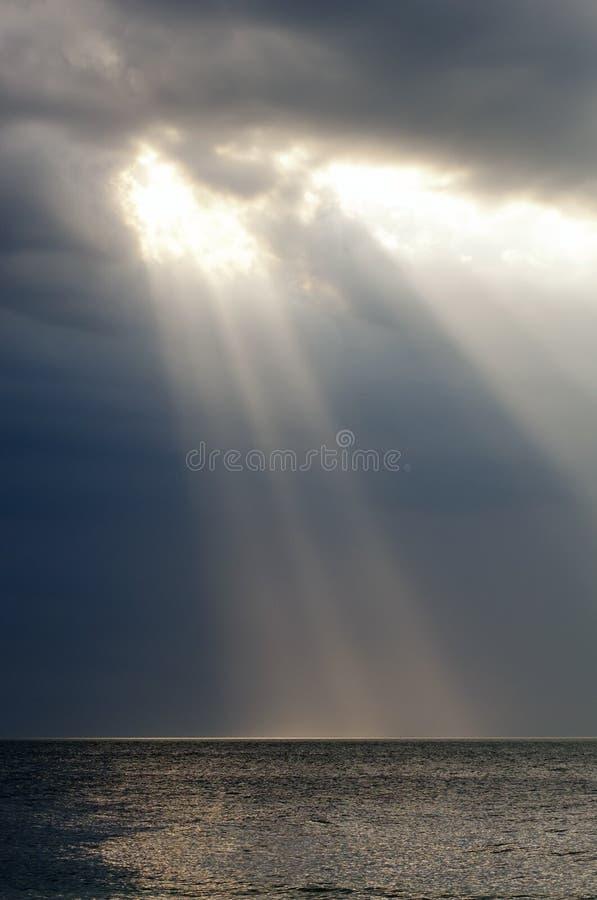 Strahl der Leuchte stockfotos