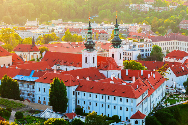 Strahov monaster przy zmierzchem, Praga, republika czech fotografia royalty free