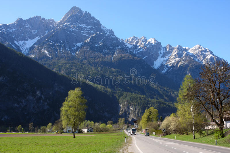 Download Straight Road To The Mountains Stock Image - Image: 19369543