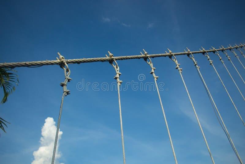 Strakke kabels, tighting kabels die de brug uitrekken royalty-vrije stock foto's
