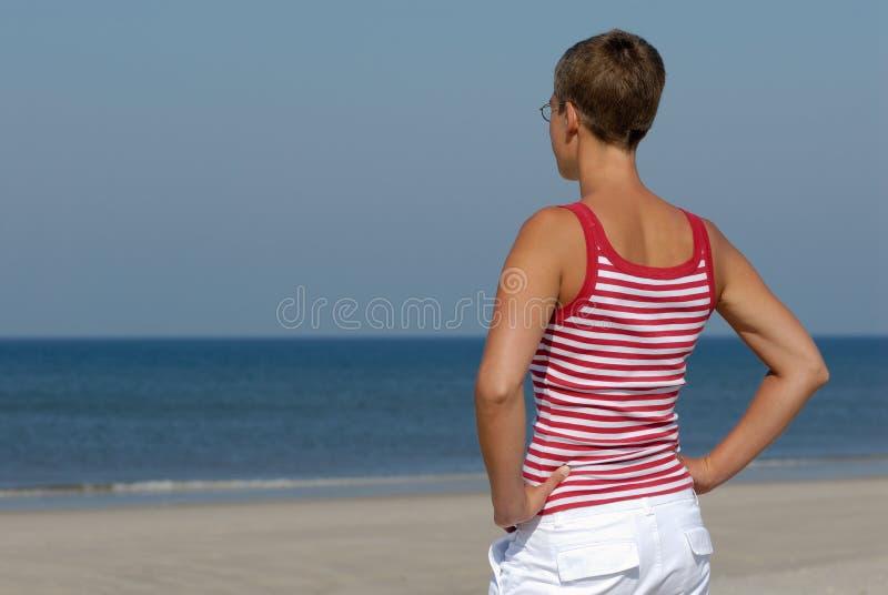 Am Strand lizenzfreies stockbild