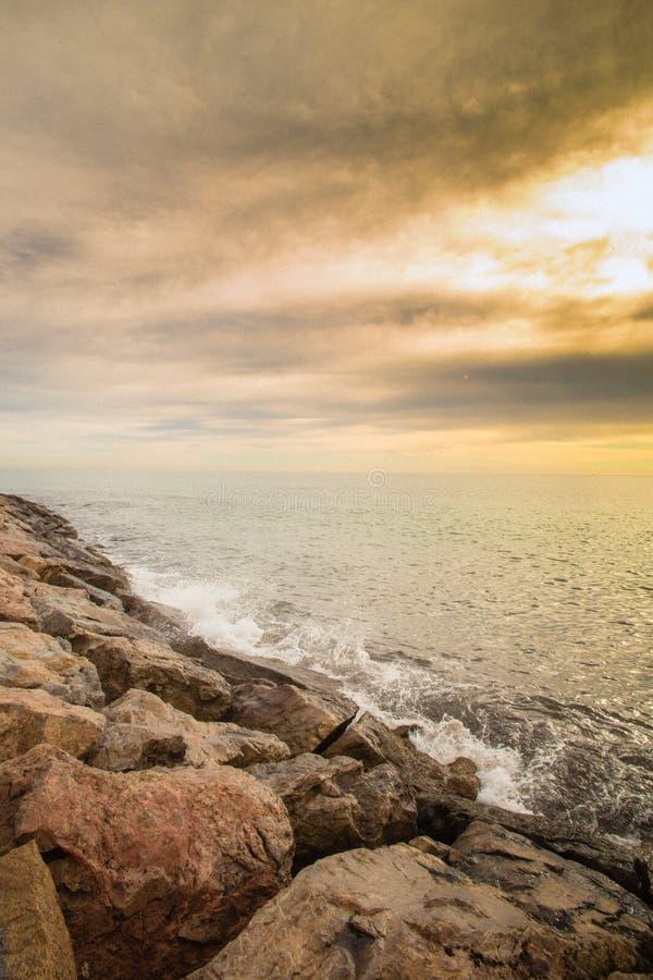 Strand in Alicante, Spanien Valencia-Region Stunden und Landschaft lizenzfreie stockfotos