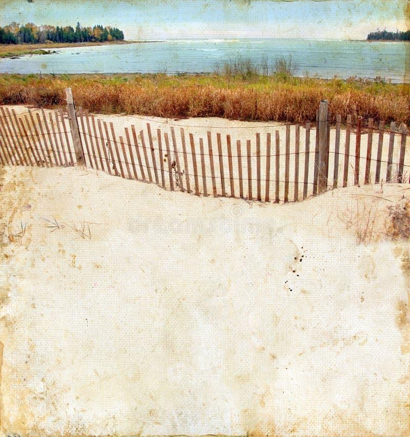 Strand auf einem Grunge Hintergrund lizenzfreie stockfotografie