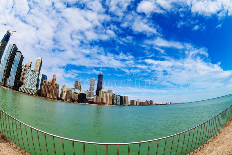 Strand av det Chicago centret och Lake Michigan arkivbilder
