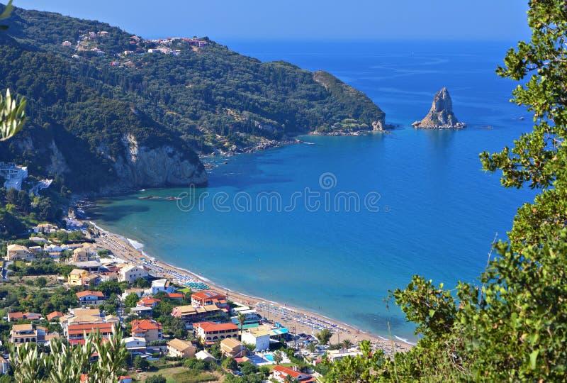Strand bij het eiland van Korfu in Griekenland royalty-vrije stock foto's