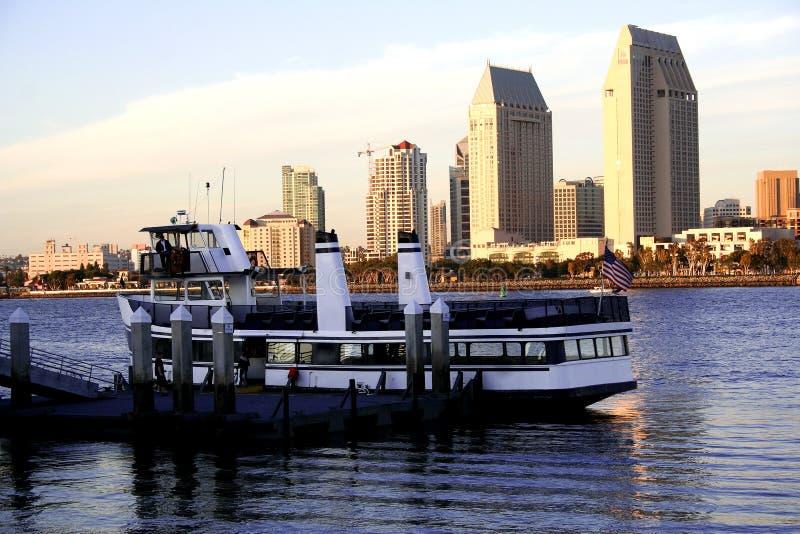 Strand, Boot, San Diego, Ca lizenzfreies stockfoto