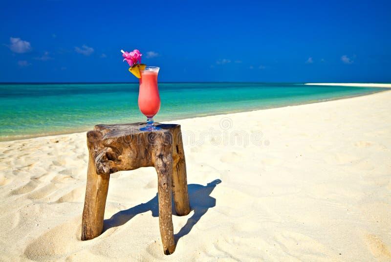 Strand-Cocktail lizenzfreie stockbilder