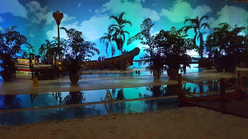 Strand in de avond royalty-vrije stock fotografie