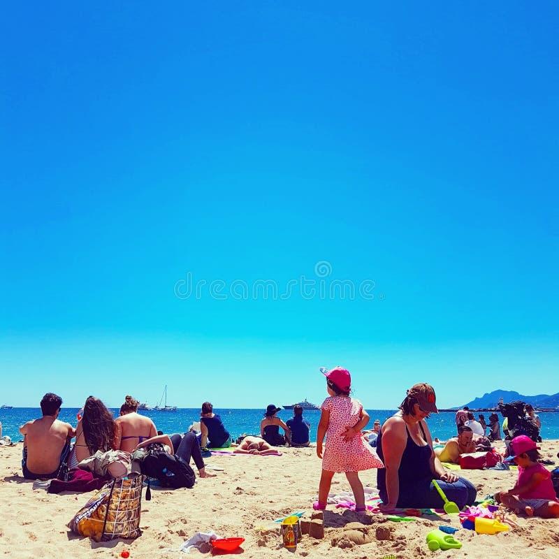 Strand de la Croisette in Cannes stockbild