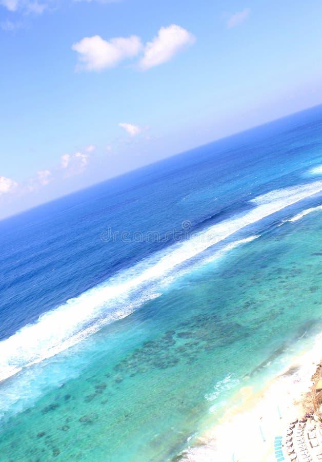 Strand in der Insel Indonesien lizenzfreie stockfotos