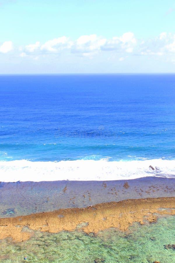 Strand in der Insel Indonesien stockfotos