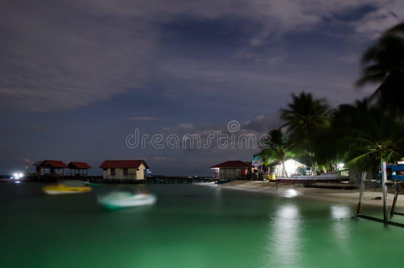 Strand Derawan-Inseln lizenzfreie stockfotos