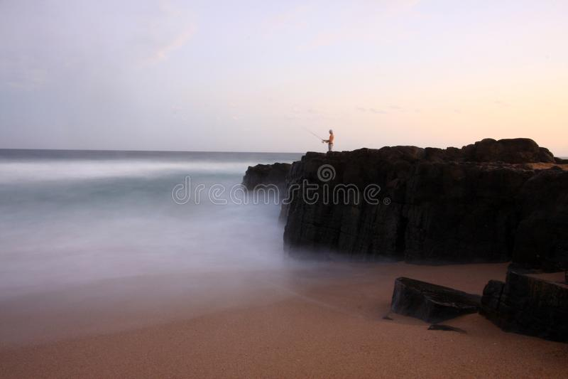 Strand die in Ballito, Zuid-Afrika vissen royalty-vrije stock fotografie