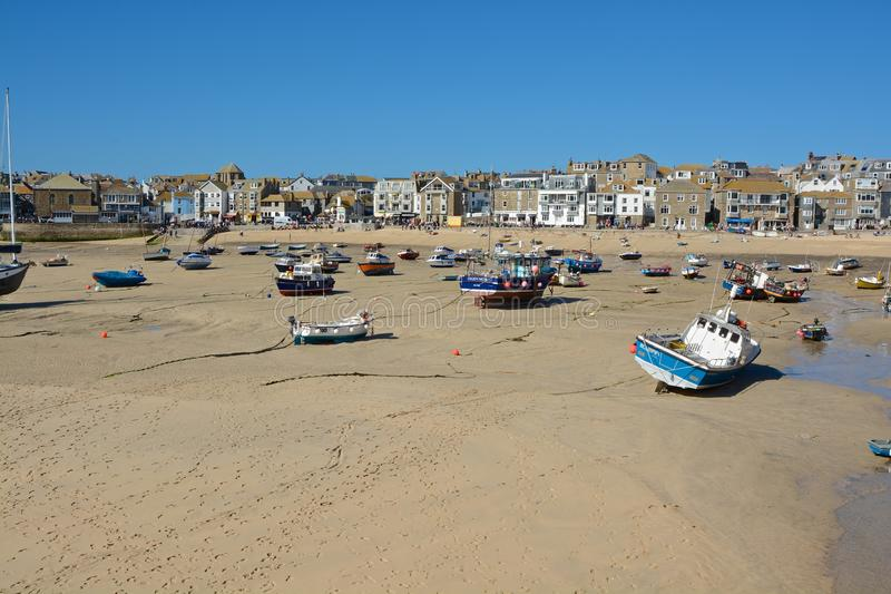 Strand en haven in Heilige Ives, Cornwall, Engeland royalty-vrije stock foto's