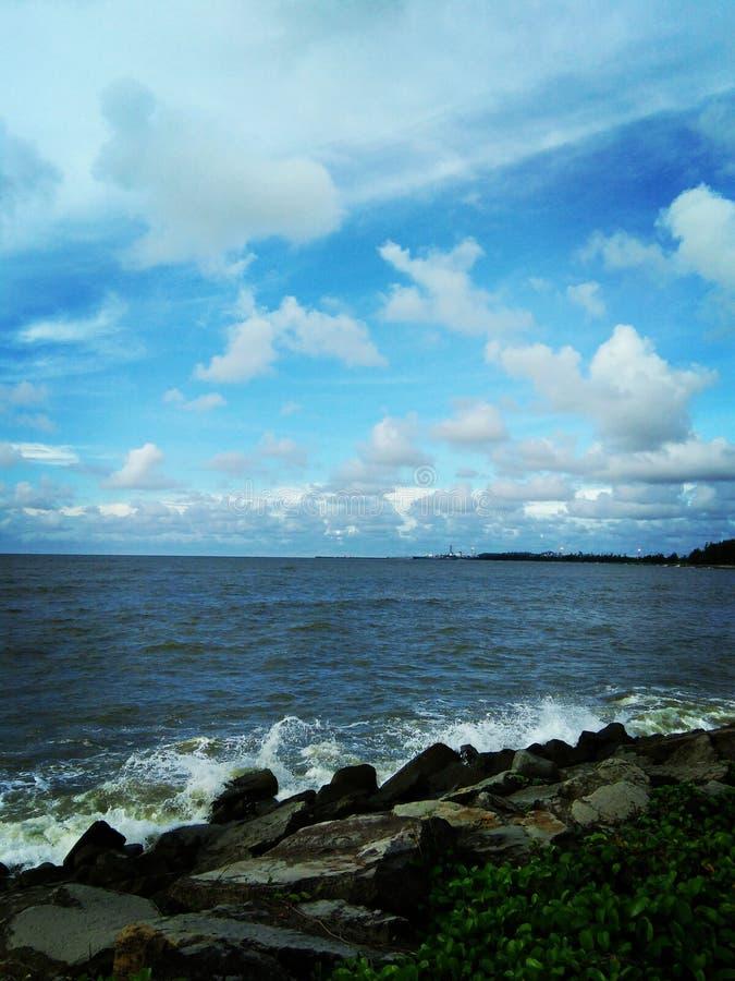 Strand en hemel royalty-vrije stock afbeelding