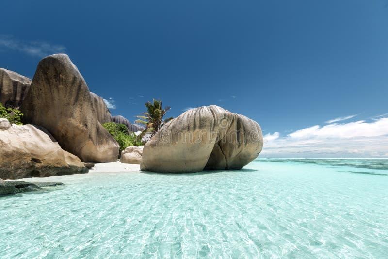 Strand för ` för Anse källa D Argent, LaDigue ö, Seyshelles fotografering för bildbyråer