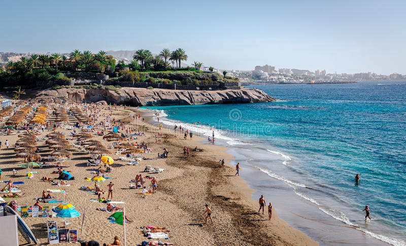 Strand för El Duque i Tenerife, kanariefågelöar royaltyfria bilder