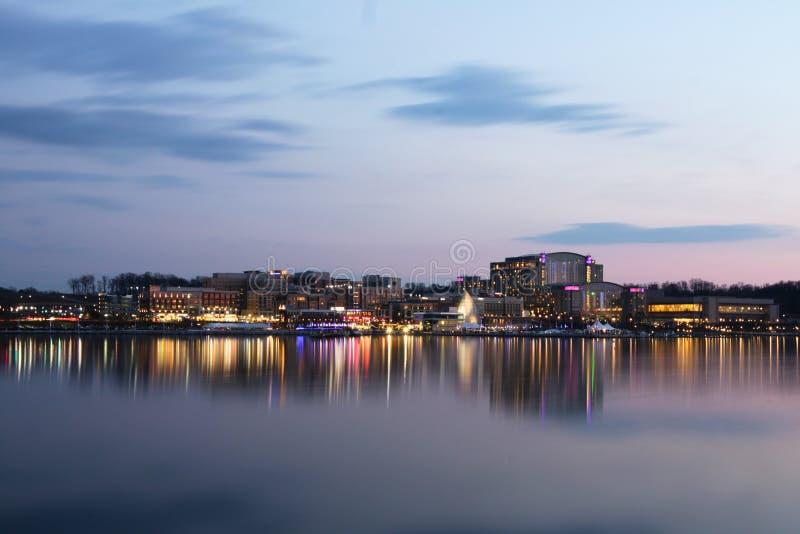 Strand för hamn för Washington DC nationell på natten royaltyfri fotografi