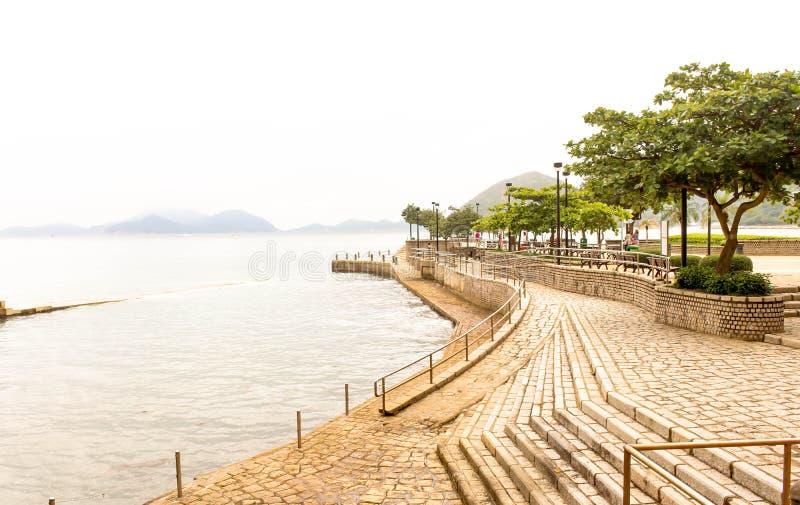 Strand för siktsavvvisandefjärd i den sydliga delen av Hong Kong Island royaltyfria bilder