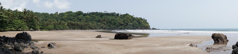 Strand för sju våg, São Tomé och Príncipe arkivfoton
