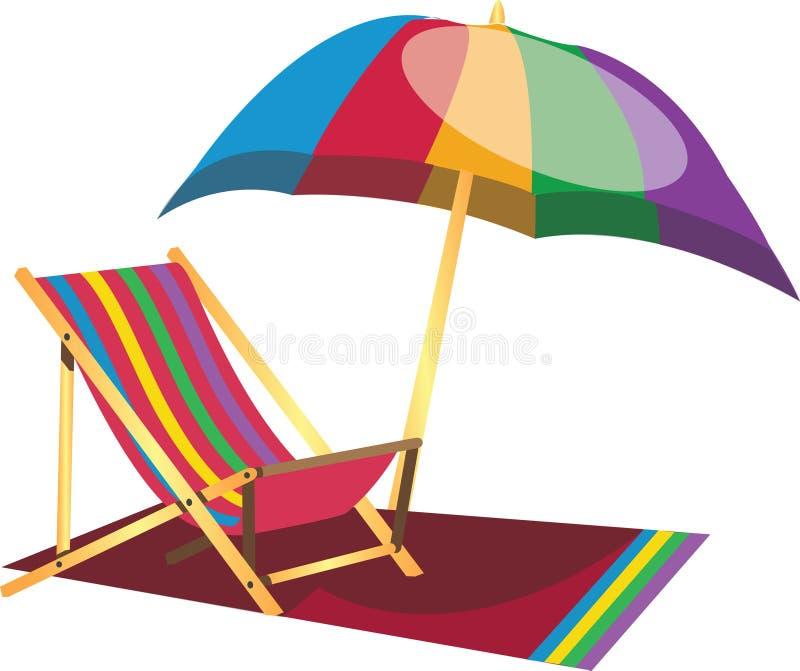 Strand-fauler Stuhl mit Regenschirm stockfotos
