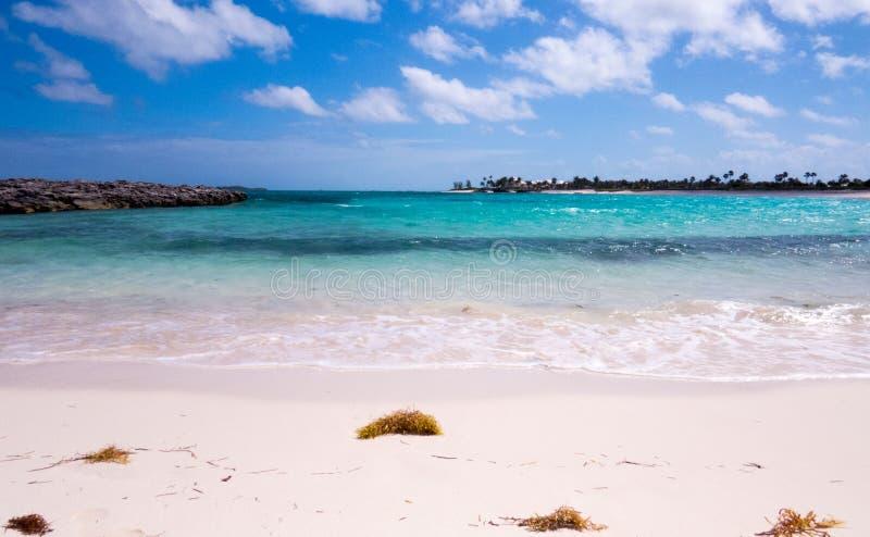 Strand från Nassau i Bahamas arkivfoton