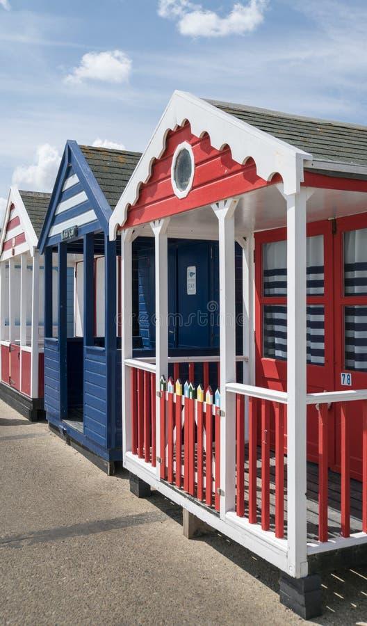 Strand-Hütten bei Southwold, Großbritannien lizenzfreie stockfotografie