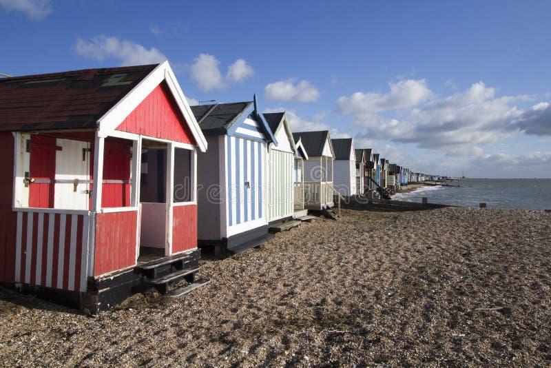 Strand-Hütten an Thorpe Bucht, Essex, England stockfoto
